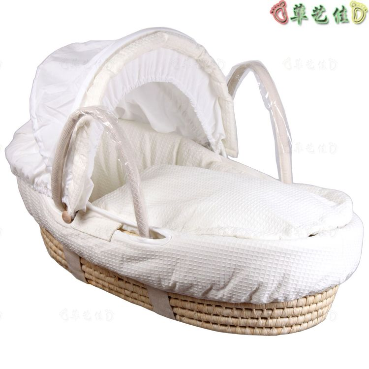 Newborn baby basket basket net baby blue portable hand basket car baby basket turf small claw bed 0cm in diameter large space baby hand footed printing mud set newborn baby hand and foot print hundred days old gift souvenir