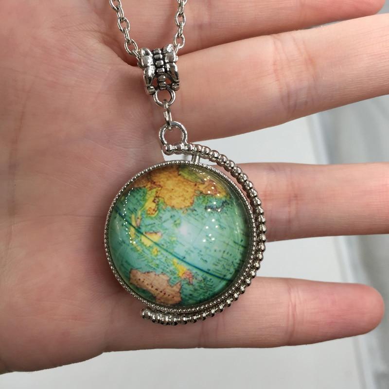 Mapa světa Země Dvojitá strana Otočná Horká skleněná kopule šperky Vintage Globe náhrdelník Planet náhrdelník Art Glass kupole
