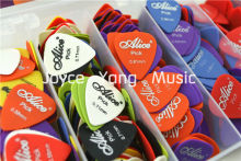 Lots of 100pcs Alice Sandblast Matte Nylon Acoustic Electric Guitar Picks Plectrums(Assorted Thickness&Colors) Free Shipping