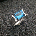 Lujoso anillo de topacio plata 7*9mm emerald cut estampado luz natural azul topacio 925 anillo de plata del hombre regalo de navidad