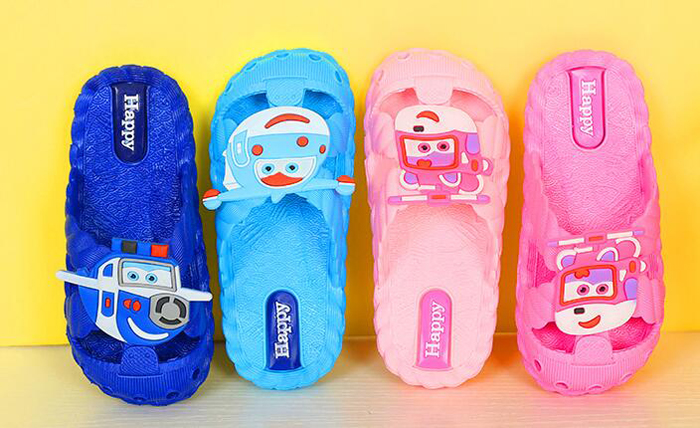 Kids  Shoe Sandals Summer Hot Children Rain Shoes Beach Sandal PVC Slippers New Cheap Soft Closed Toe Flying Robot Blue Pink