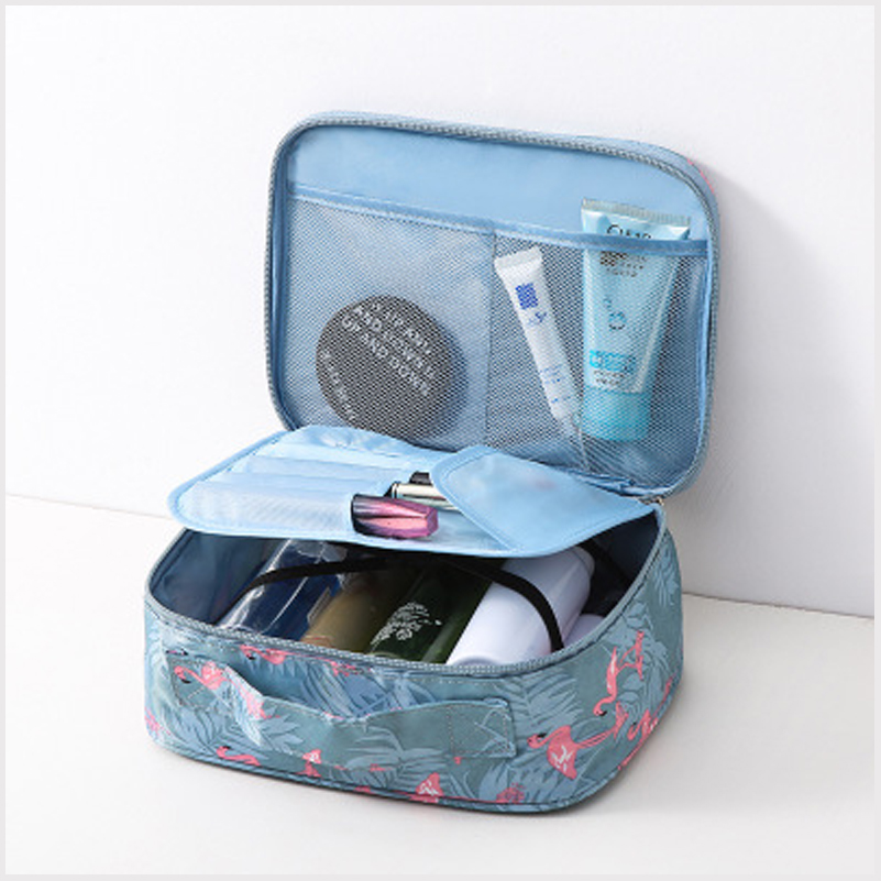 Fashion ladies men and women makeup tissue bag cosmetic bag cosmetics portable outdoor travel set business storage bagFashion ladies men and women makeup tissue bag cosmetic bag cosmetics portable outdoor travel set business storage bag