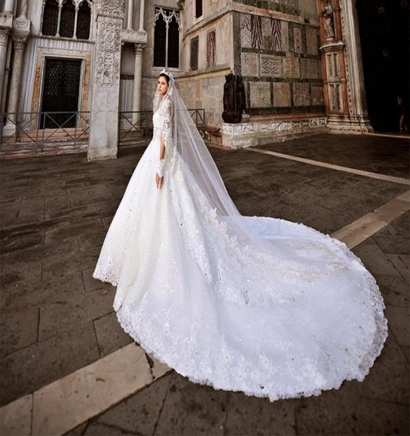 Luxury Empire Cathedral/Royal Train Wedding Dress 2017 Vintage ...
