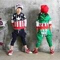 Niños que arropan juegos de los niños niños del juego del deporte de otoño/primavera estilo manga larga del juego del deporte ropa de bebé niños 2 unids/set