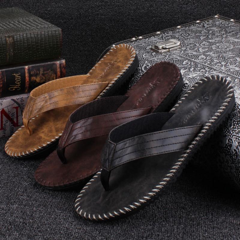 New Arrival Summer Cool Men PU Leather Flip Flops British Style Boardered Beach Sandals Male Slippers Zapatos Hombre