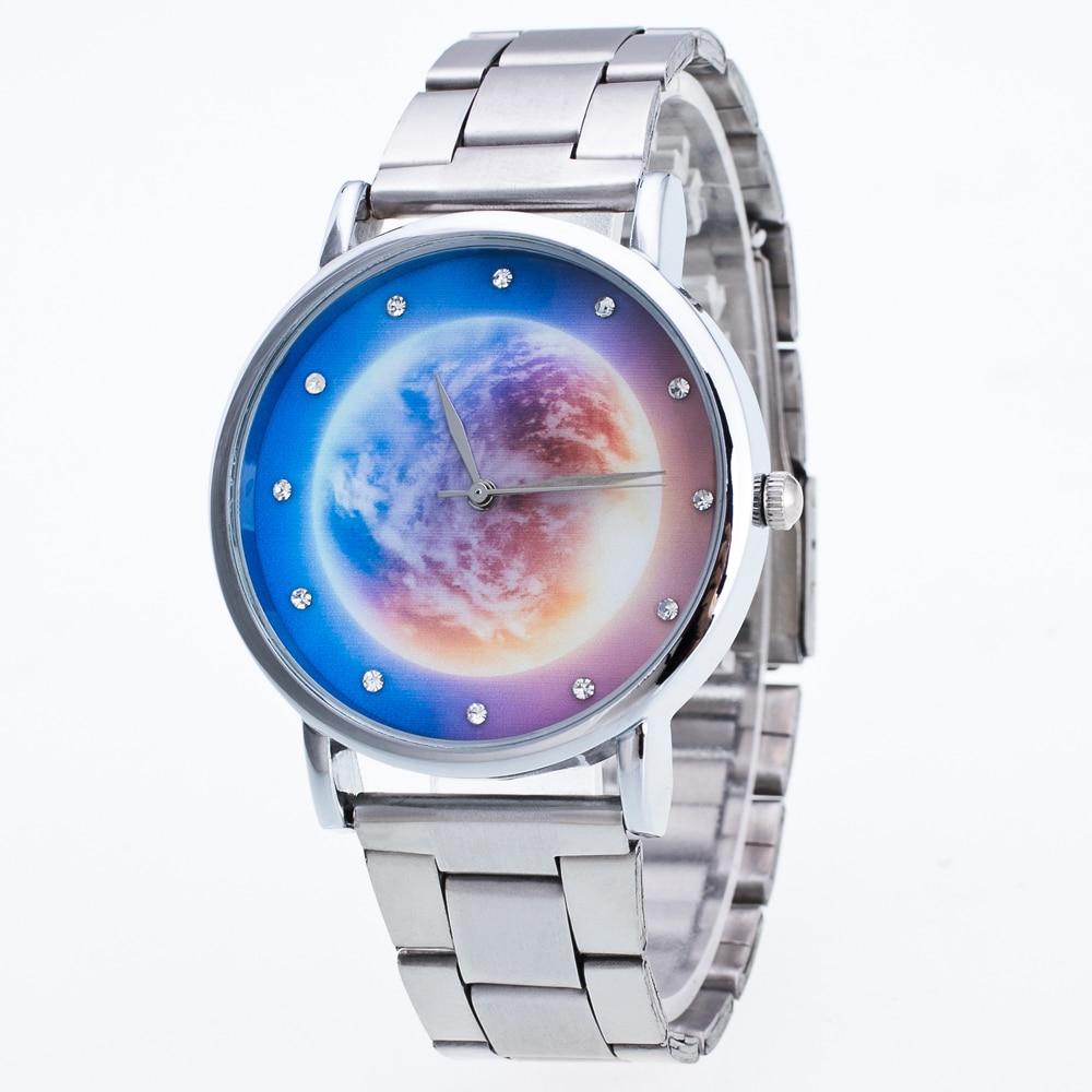 2019 New Luxury Women Watches Geneva Diamond Star Wrist Watch Stainless Steel Dial Watch Band Hour Clock  Quartz Watch Men