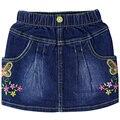 Niñas bordado Carta patrón de flores Faldas de mezclilla Niños jeans con bolsillos botón 1-4year-old niños ropa linda del verano