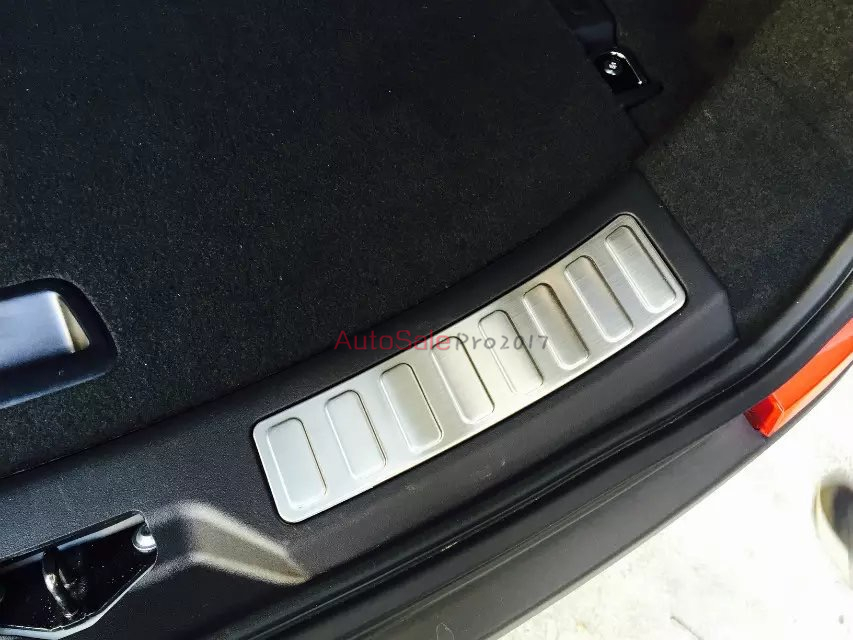 Garniture de seuil de protection de plaque de protection de pare-chocs arrière en acier inoxydable chromé argent pour Land Rover Discovery Sport 2015 2016