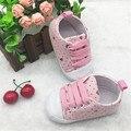 2015 corazón encantador de moda zapatos de bebé primeros caminante suaves del recién nacido bebés zapatos