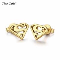 1 X Pair High Quality Stainless Steel Superman Stud Earrings Super Hero DC Comic Gold New