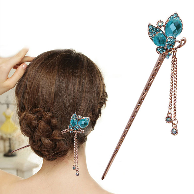 New Women Elegant Charm Blue Crystal Bobby Pin Fashion Hairpin Rhinestone  Hair Stick Hot Sale-in Hair Clips   Pins from Beauty   Health on  Aliexpress.com ... 02310cd598ca