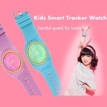 Kinder smart watch gps tracker uhren sos notfall gsm locator smart handy app für iso android smartwatch armband alarm