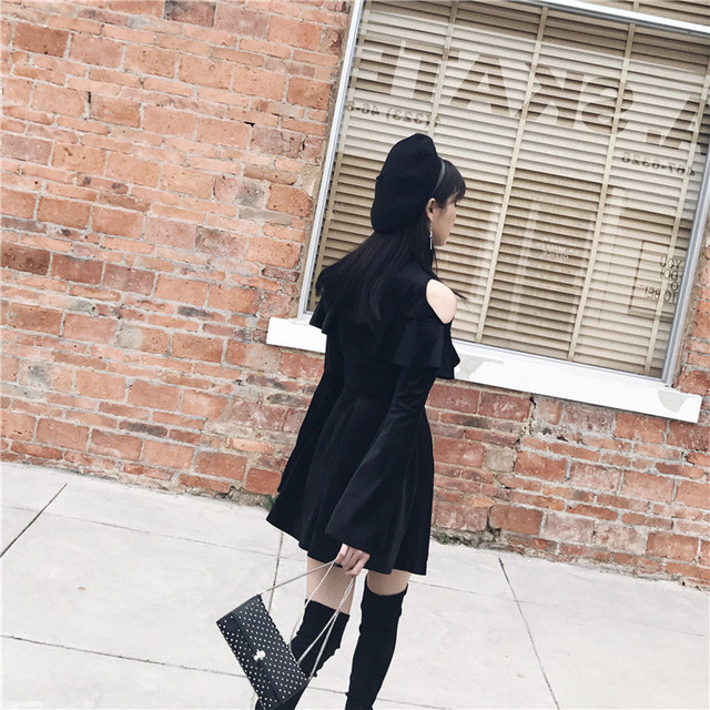 New Arrival Autumn Gothic Girls Dresses Chest Hollow Out  Lace Up Collar Sexy Women Dresses Long Sleeve A Line Black Punk Dress 3