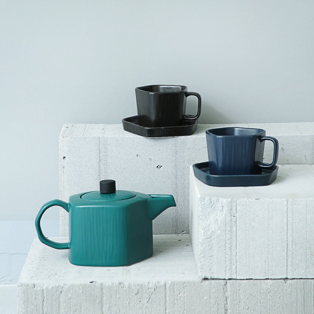 Simple Japanese Style Ceramic Tea Sets Black Green White