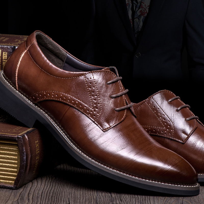 New High Quality Genuine Leather Men Oxfords Shoes Lace-Up Bullock Business Dress Men Brogues Shoes Male Formal Shoes