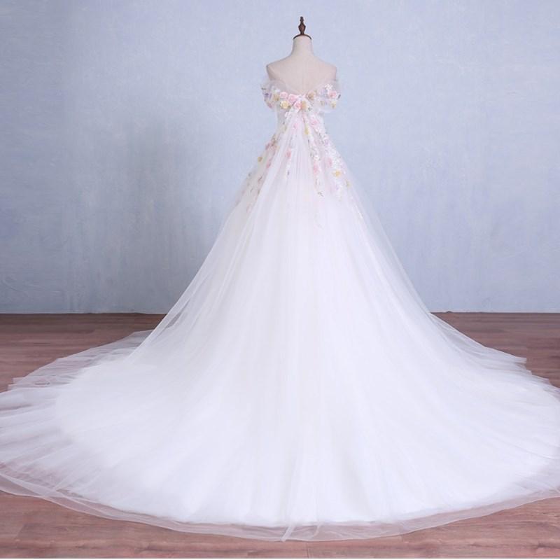 ruthshen 2018 Ball Gown Wedding Dresses Off Shoulder Flowers Beaded  Detachable Train Luxury Vestidos De Noiva Bridal Gowns-in Wedding Dresses  from Weddings ... 71638cf72436