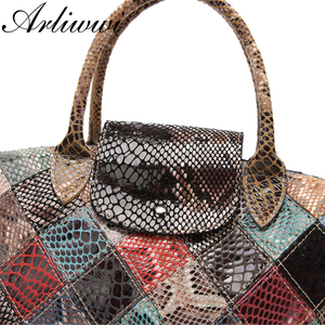 Image 2 - Arliwwi Brand Designer Women Genuine Leather Handbags Handmade Patchwork Female Real Leather Colorful Bags New Fashion GB08