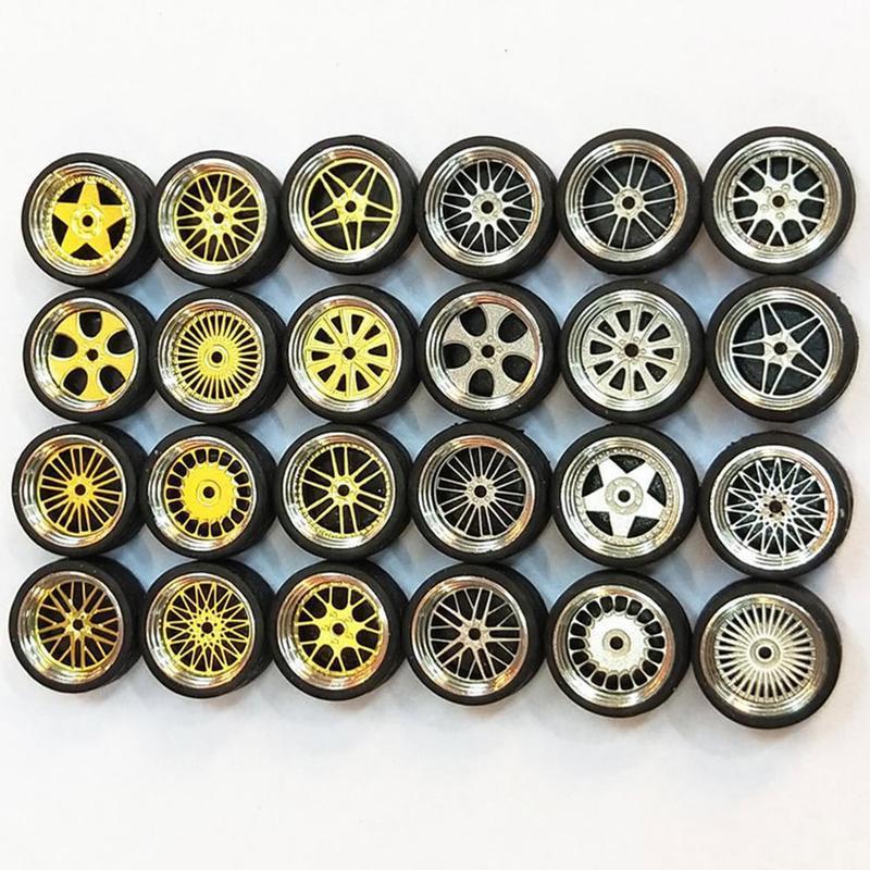 1/64 1: 64 Liga Do Carro do Pneu da roda Do Veículo Modificado Reequipamento Rodas Pneus Para Carros Adequados Para Alguns Carros Tomica Brinquedos para As Crianças 4 pçs/set