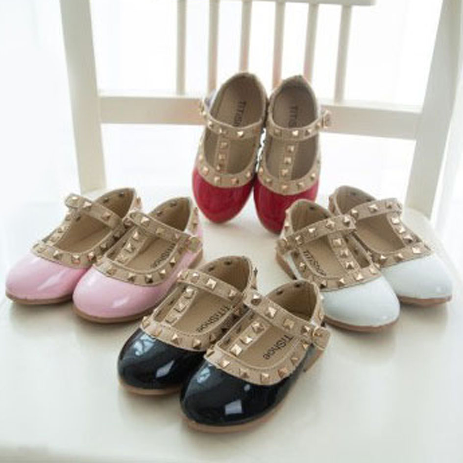 Girls Rivets Shoes 2017 British Style T Strap Kids Ballet Shoes Patent PU  Girl Princes Shoes Children s Flats with Rivets-in Leather Shoes from  Mother ... d21edef186b6