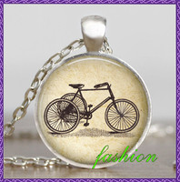 Vintage bicycle jewelry , Bike pendant , Antique Bicycle Bike photo picture necklace , Glass dome art pendant with gift bag