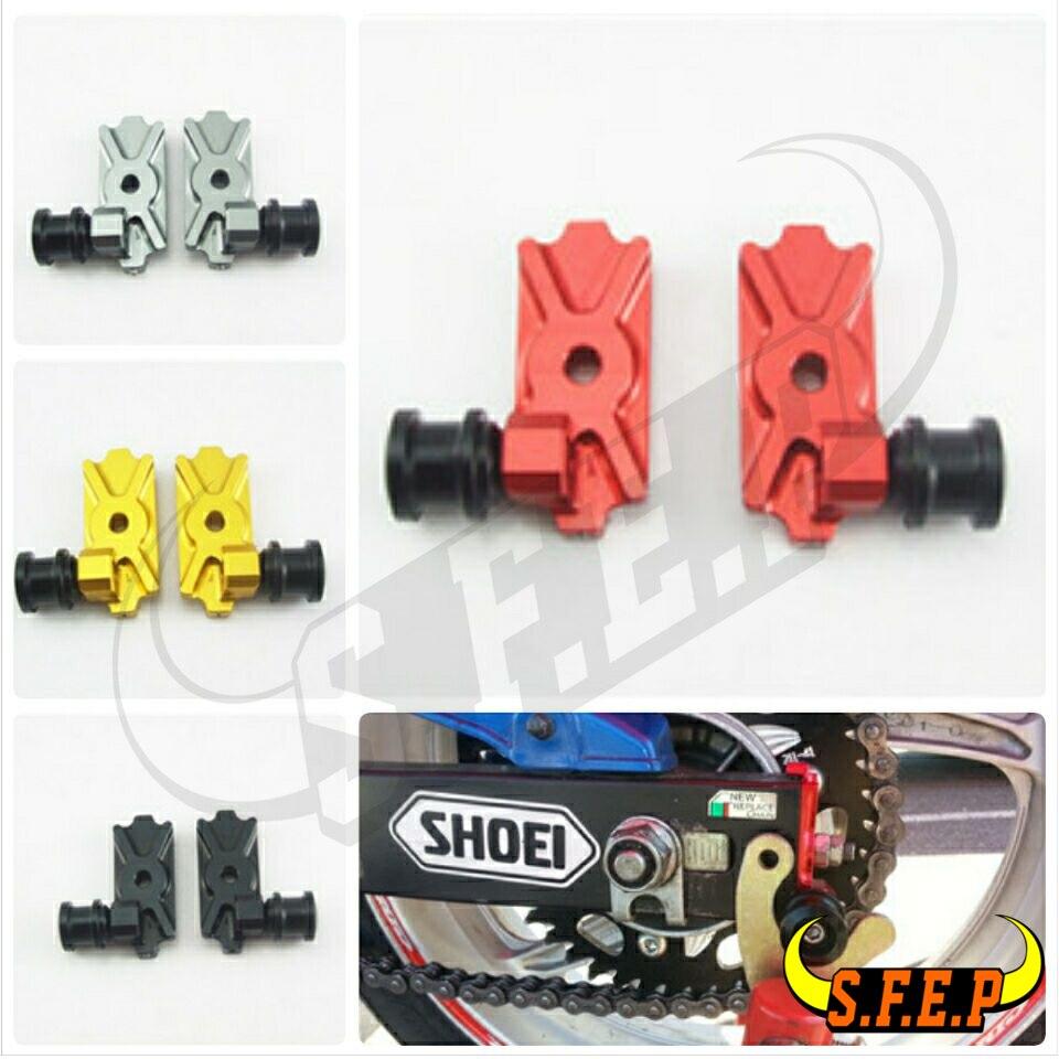 CNC Swingarm Spool Adapters / Mounts For Honda CB300F 2015