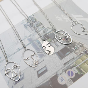 floweralight Chain Trendy Human Face Pendant Necklace Long