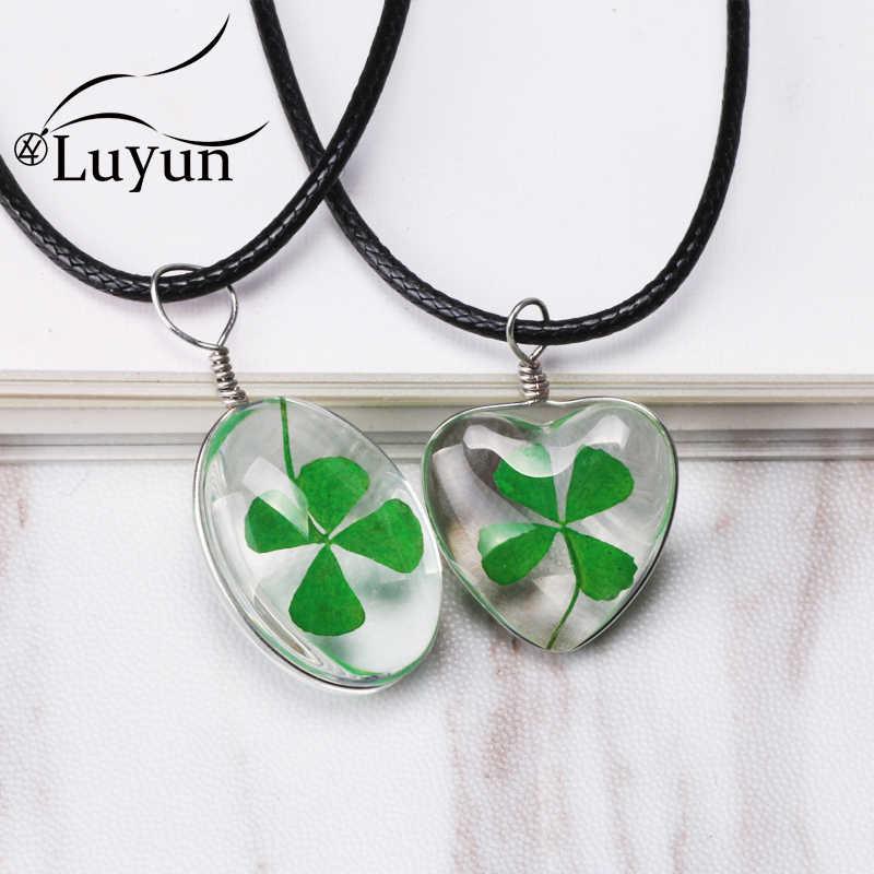 Luyun 宝石類のギフト 4 葉のクローバー夏スタイル植物手作りドライフラワーペンダントネックレス女性のチェーン