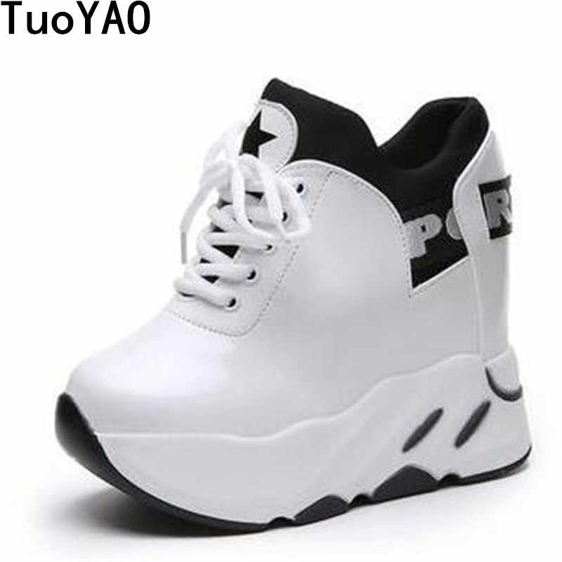 6d14e2f5a830 Новая зимняя женская обувь на платформе Скрытая каблук 12 см повседневная  обувь Высота
