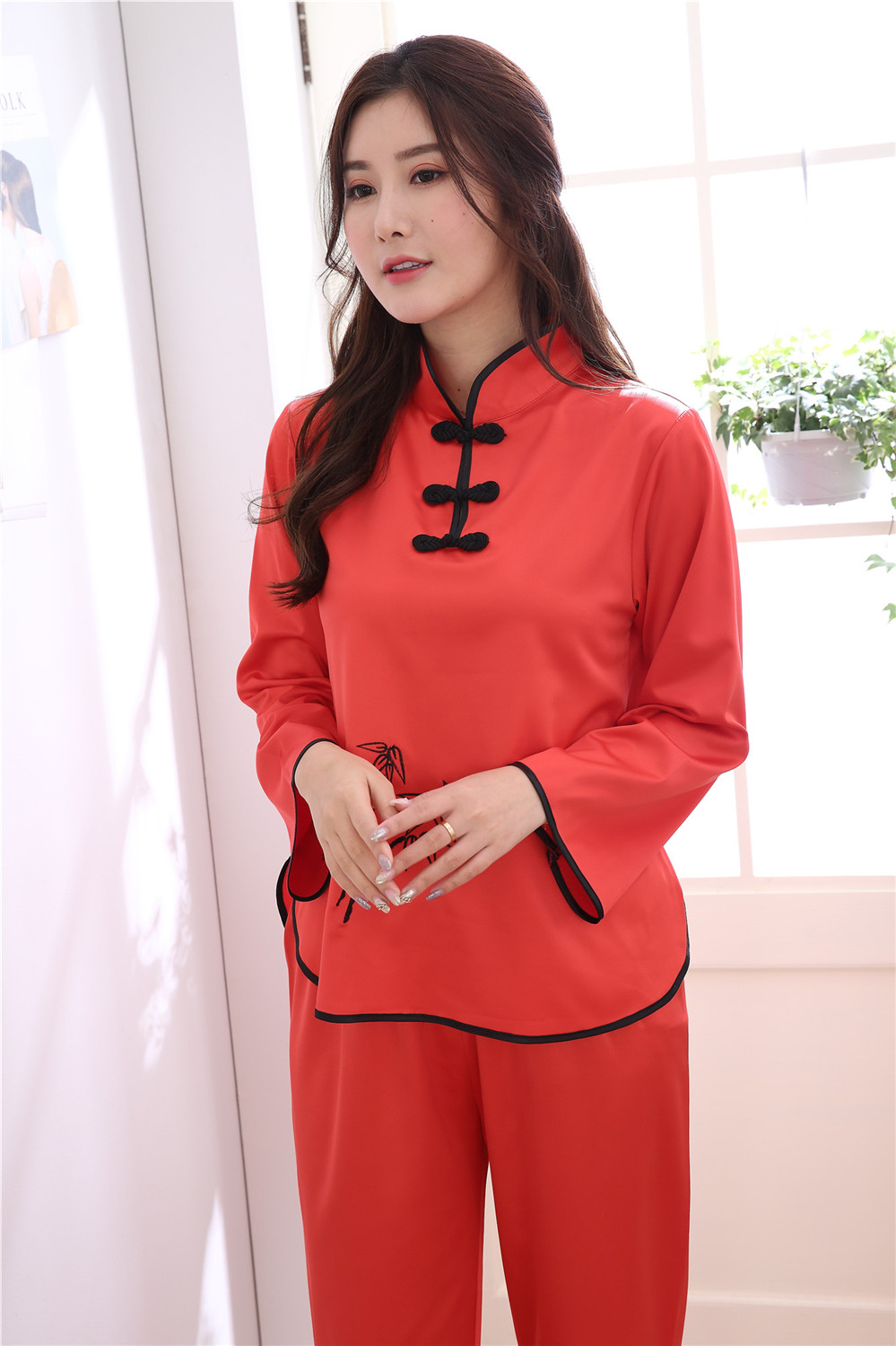 Vintage Red Ladies Satin Pajamas Suit Novelty Embroidery Button ... b177aaa2f