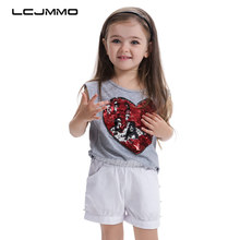 Фотография LCJMMO  High Quality New Girl Cotton T-Shirt 2017 Summer O-neck Love Sequins Baby girl Sleeveless Top Kids Clothes For 3-7 Years