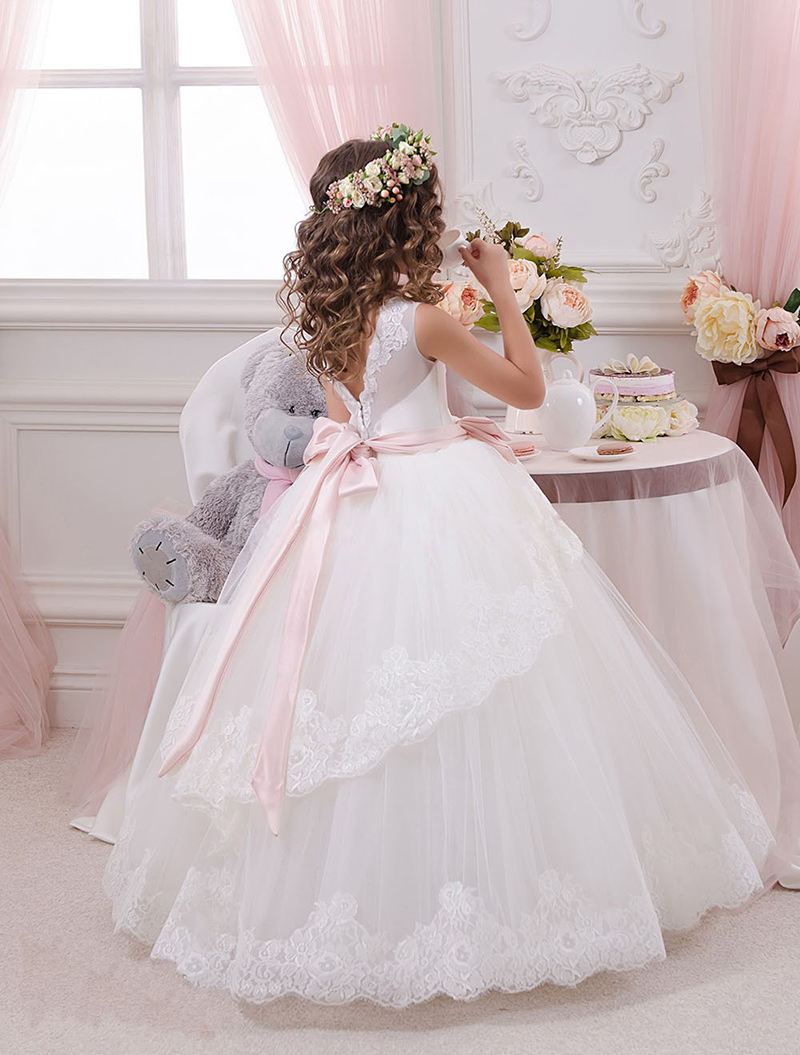 Ball Gowns Pageant Dresses for Girls First Communion Dresses for Wedding Party Pink Sashes Floor Length Lace Flower Girl Dresses