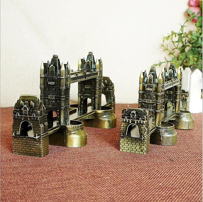 London Tower Bridge Model Ornament Home Furnishing Decor Bookcase Decoration