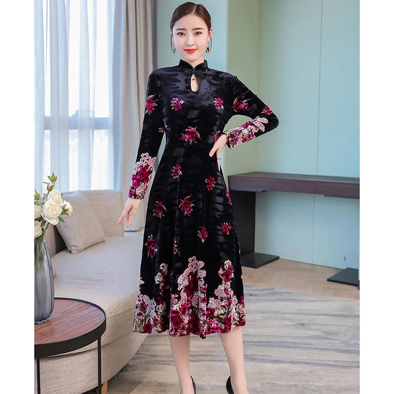 Noir Vintage brodé fleur robe femmes automne hiver élégant or velours mi-mollet a-ligne robe Style chinois femme NW891