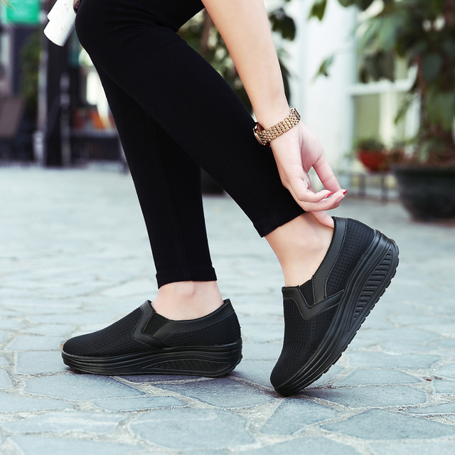 2019 Women Shoes Mesh Breathable Summer Shoes Flats Women Loafers Casual Swing Shoes Women Flootwear Size 35-42