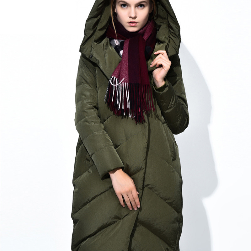 Women Warmer Jacket Winter Hooded Cloak Coat Designers 2017 Womens Puffer Cape Ladies Long Green Duck Woman Coats and Jackets