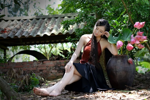 femme tres mure femme asiatique sexy