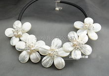 Wedding Woman Jewelry White Flower Chokers Necklace AAA Natural Real Pearl Handmade Pretty Five Flowers Necklace