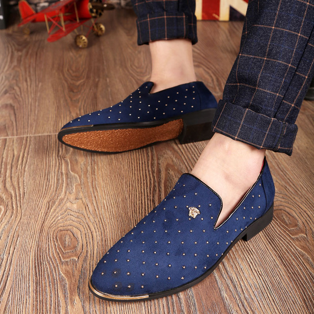 Plus 38-46 2016 Spring Autumn Men Casual Shoes Nubuck Leather Rivets England Trend Men Flats Shoes Increase In Pointed Toe Shoes