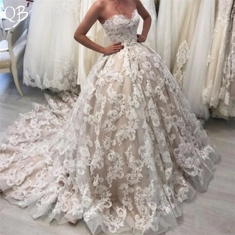 Custom Made Princess Sweetheart Fluffy Tulle Lace Flowers Vintage Formal Wedding Dresses 2019 New Fashion Wedding Gowns DW168