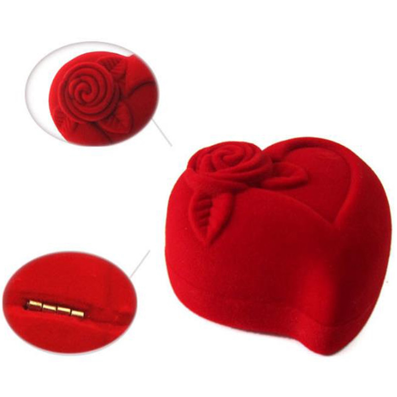 Love Heart Shaped Design Red Color Velvet Festival Valentine Gift Carrying Case Wedding Ring Box High Quality Jewelry Accessory