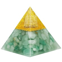 TUMBEELLUWA Green Aventurine Clear Crystal Point Orgone Pyramid,Healing Reiki Meditation Energy Pyramid 60mm