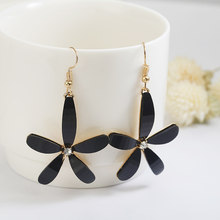 Newest Lady Colorful Elegant Women Acrylic Flower Black/Pink Drop Long Dangle Wedding Earrings For Women Jewelry Best Gift(China)