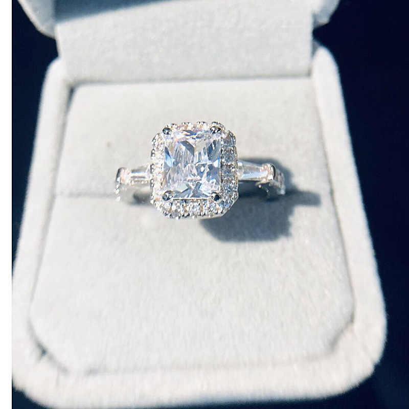 งานแต่งงานบิ๊กสแควร์หินเพทายสีขาวแหวนคริสตัลของขวัญวาเลนไทน์ Zircon Luxury สีเขียวฝังหินแหวนผู้หญิง