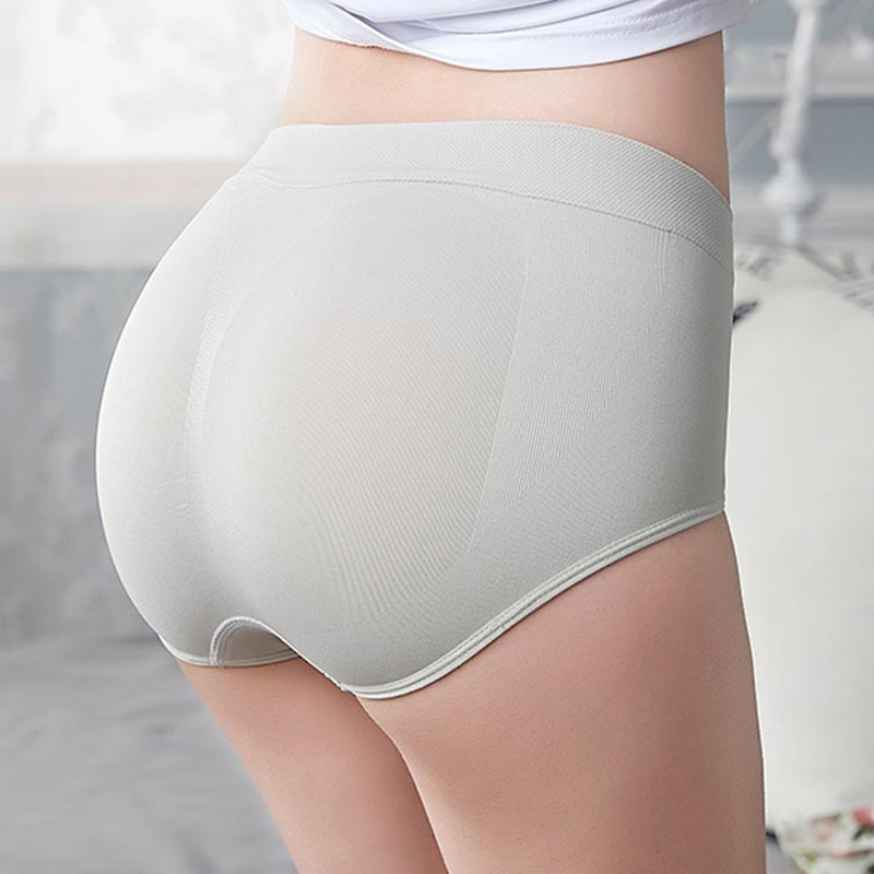 2019 NEW Japanese Seamless   Panties   Mid Rise Briefs Cotton Crotch high quality Comfortable Women's underwear push up Summer