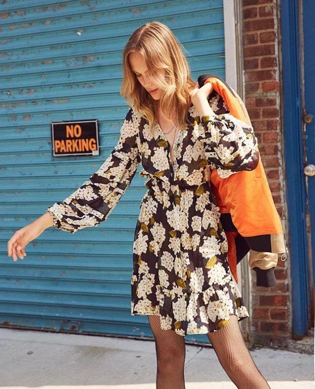 النساء اللباس 2019 الربيع و الصيف الخامس الرقبة خمر فانوس كم فستان حريري-في فساتين من ملابس نسائية على  مجموعة 1