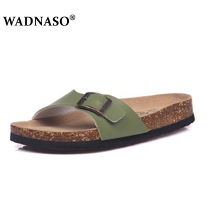 Image 3 - Wadnaso 플러스 크기 35 45 여름 코르크 슬리퍼 샌들 2019 새로운 남성 캐주얼 비치 더블 버클 인쇄 슬립 슬라이드 신발 플랫