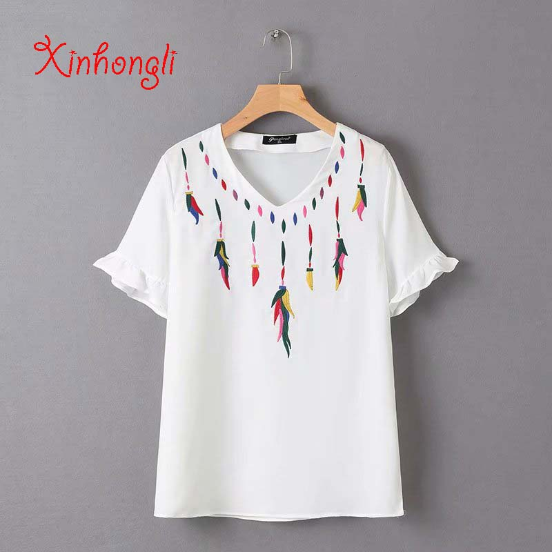 Plus size Embroidery Chiffon loose women Tshirts 2019 summer casual ladies V-neck T shirts female tees tops white T-shirts