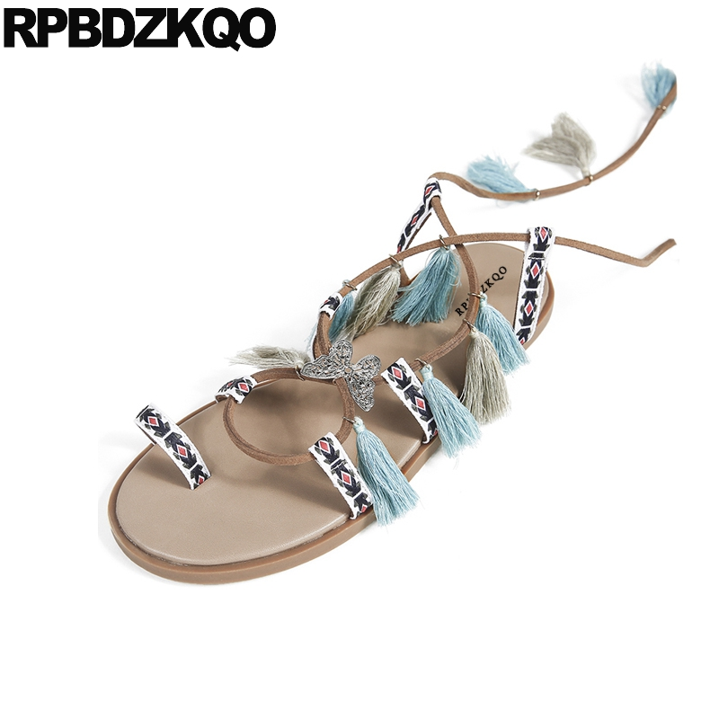 Summer Fringe Gladiator Flat Toe Ring Lace Up Runway Strappy Pom Pom Boots Designer Roman Brown Ladies Strap Sandals Shoes Tie bohemian style summer celebrity lace up flat shoes pom poms cute sandals skyblue pink colorful clip toe comfortable dress sandal