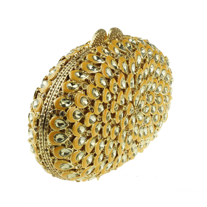 oval-shaped gold clutch bag2
