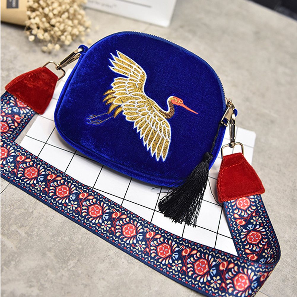 Ladies Ethnic Velvet Handmade Embroidery Handbags Vintage Clutches